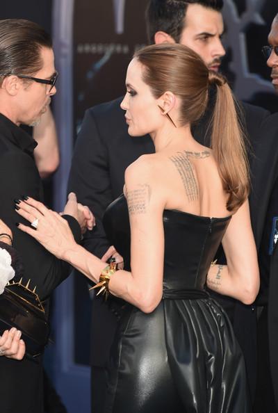Angelina+Jolie+World+Premiere+Disney+Maleficent+3OUp2Ec4e0Vl