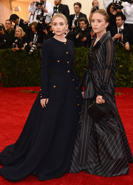 Mary+Kate+Olsen+Red+Carpet+Arrivals+Met+Gala+GfQZUMyYBCWl