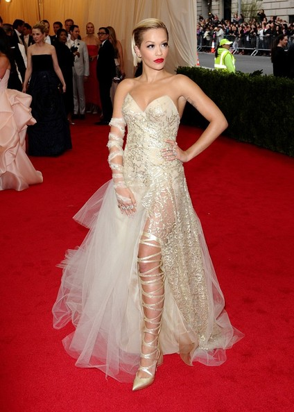Rita+Ora+Red+Carpet+Arrivals+Met+Gala+Part+CrFabXaq5htl