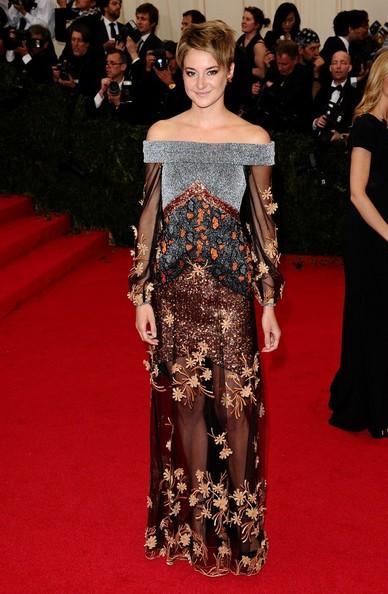 Shailene+Woodley+Red+Carpet+Arrivals+Met+Gala+AaMEGW8dQGRl