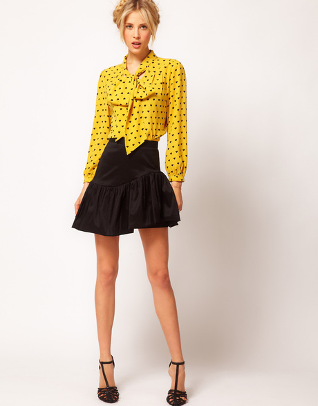 Lauren-Londons-Baggage-Claim-ASOS-Yellow-Heart-Print-Pussy-Bow-Blouse-asos-petite-exclusive-multi-pussybow-blouse-in-heart-print-product-4-4536813-973354847_large_flex
