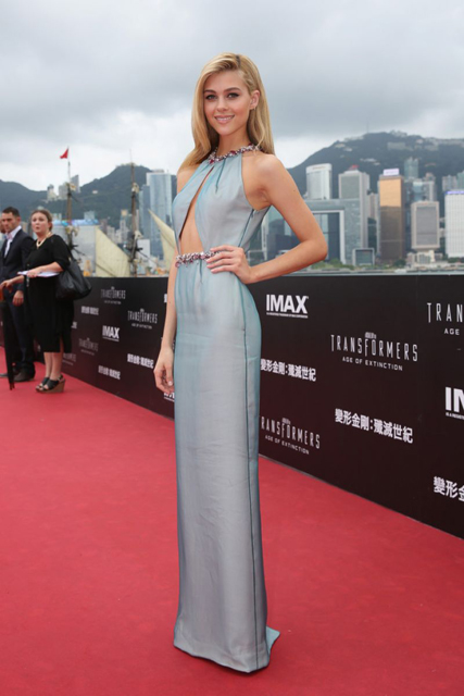 nicola-peltz-transformers-age-of-extinction-premiere-in-hong-kong_4