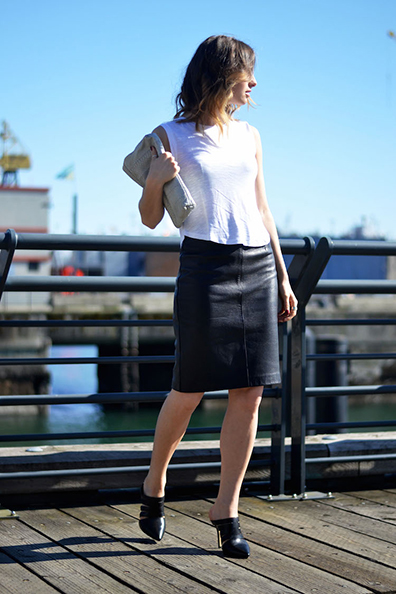 spring-chic-outfit-white-tank-black-leather-pencil-skirt-mules-aldo-acaren-vancouver-fashion-blog-the-august-diaries