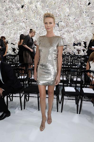 Charlize-Theron--Dior Fashion-Week-2014--11-720x1080