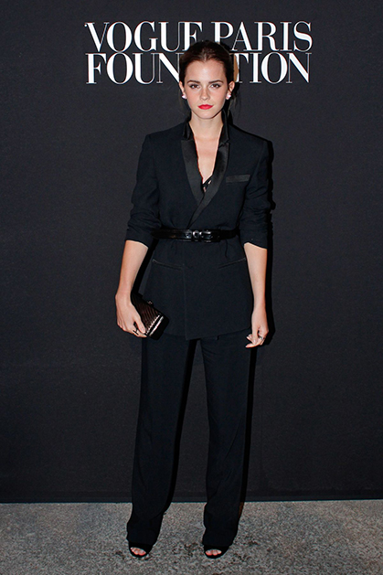emma-watson-at-vogue-party-in-paris_2