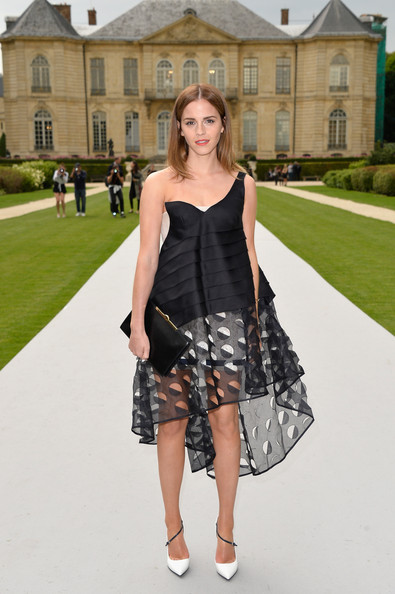 Emma+Watson+Front+Row+Christian+Dior+_ofxofnfqP_l