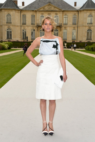 Jennifer+Lawrence+Front+Row+Christian+Dior+BcoPKw7ESdMl