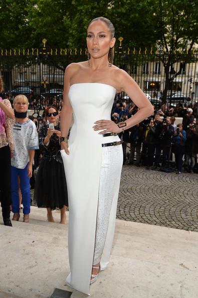 Jennifer+Lopez+Versace+Front+Row+Paris+Fashion+f-ved-bV1NYl