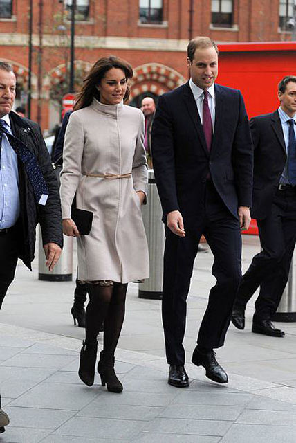 Kate-Middleton-has-penchant-knee-length-dress-coats-good