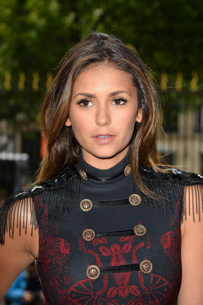 Nina+Dobrev+Versace+Front+Row+Paris+Fashion+mVZdYZT7vcul