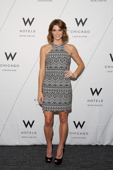 Ashley+Greene+W+Hotels+Chicago+Lakeshore+Reveal+m7f535-s3ohl (1)