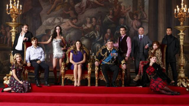 e-the-royals-trailer-elizabeth-hurley