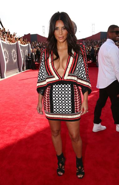 Kim+Kardashian+Balmain