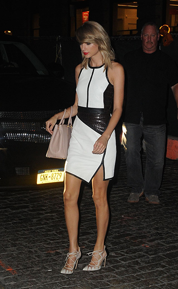taylor-swift-night-out-style-out-in-new-york-city-august-2014_11