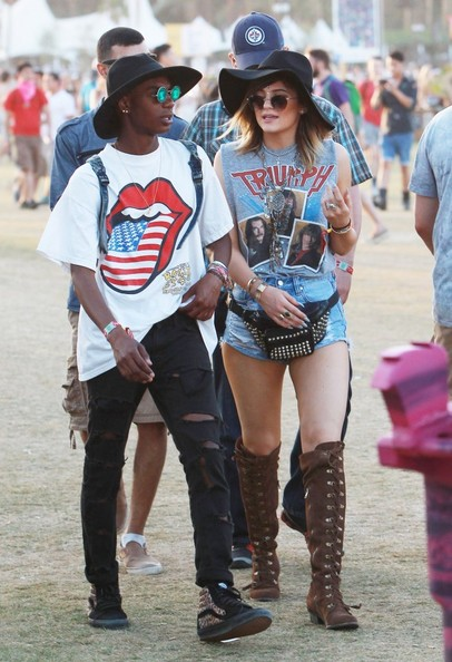 Kylie+Jenner+Celeb+Sightings+Coachella+Day+p318vC_uh_zl