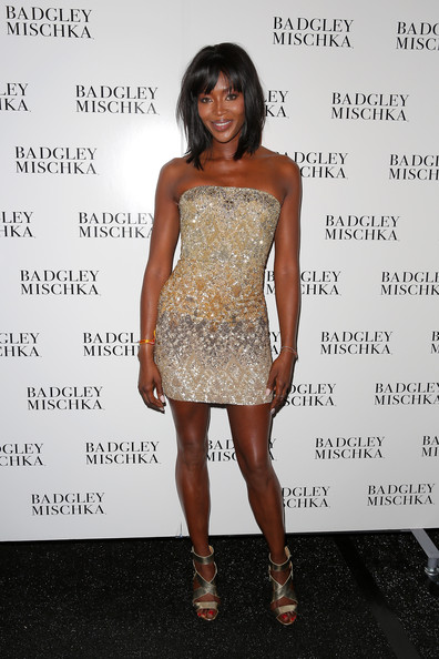 Naomi+Campbell+Badgley+Mischka+Backstage+Mercedes+IKv9ycOChVml