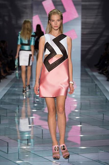 versace-spring-summer-2015-mfw7
