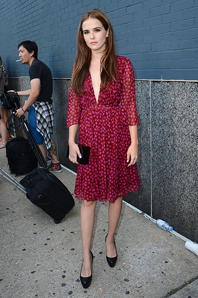 zoey-deutch-diane-von-furstenberg-spring-2015-runway-show-in-new-york-city_4