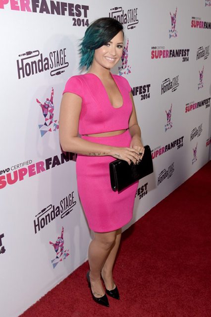 demi-lovato-Vevo CERTIFIED SuperFanFest