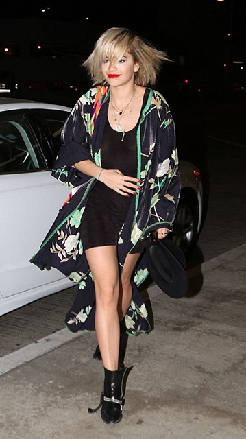 famosas-Rita Ora
