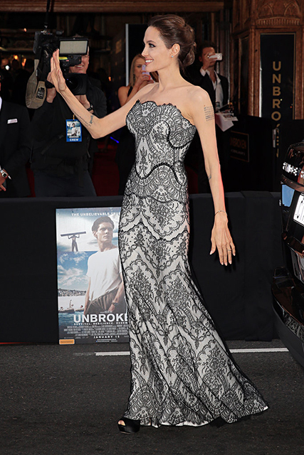 Angelia Jolie Unbroken Gucci-gown-have-looked-more-perfect-actress