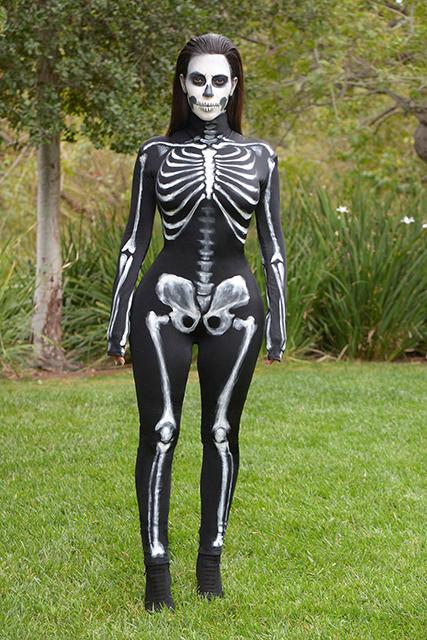 Kim-Kardashian-Zombie-Halloween-3
