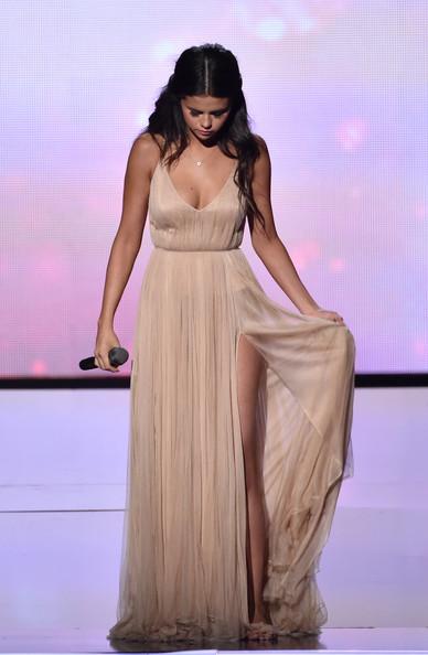 Selena+Gomez+Giorgio Armani