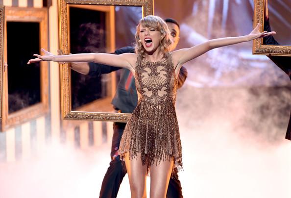 Taylor+Swift+z