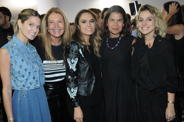 zHelena-Bordon-Donata-Meirelles-Patricia-BOnaldi-Daniela-Falcao-e-Yasmine-Sterea-6