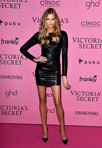 Kate+Grigorieva+Arrivals+Victoria+Secret+Fashion+tlul-9xGvjzl