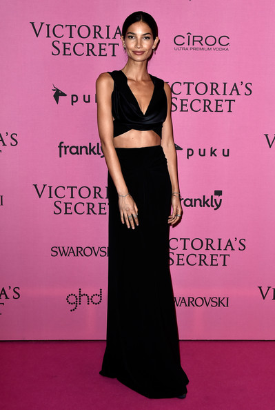 Lily+Aldridge+Arrivals+Victoria+Secret+Fashion+OxigpEkZo7Yl