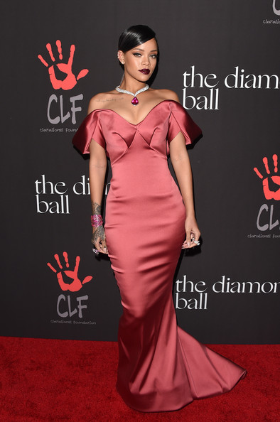 Rihanna+Rihanna+1st+Annual+Diamond+Ball+Benefitting+1NTp1-oVOBll