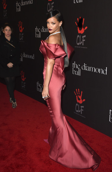 Rihanna+Rihanna+1st+Annual+Diamond+Ball+Benefitting+ibHaqPMTT8jl