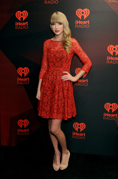 Taylor+Swift+Dresses+Skirts+Cocktail+Dress+_CjUazJlNSYl