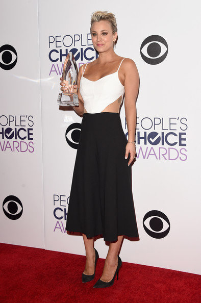 Kaley+Cuoco+Sweeting+41st+Annual+People+Choice+D9MhvDLsRxml