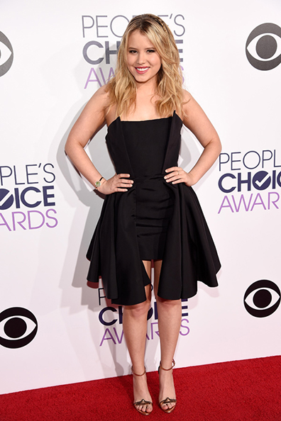 taylor-spreitler-peoples-choice-awards-2015