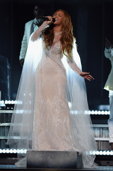 Beyonce+Knowles+57th+Annual+GRAMMY+Awards+DkOzUw6NoKTl