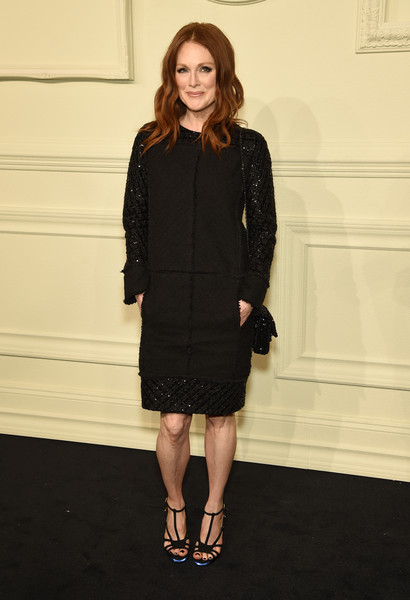 Julianne+Moore+CHANEL+Paris+Salzburg+2014+wPe-R8EgEVal