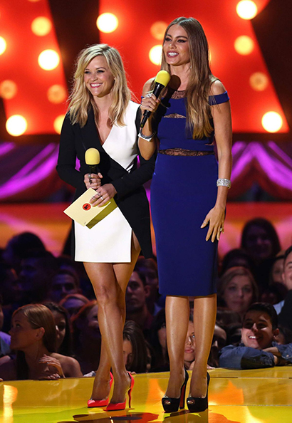 reese-witherspoon-at-2015-mtv-movie-awards-in-los-angeles_5