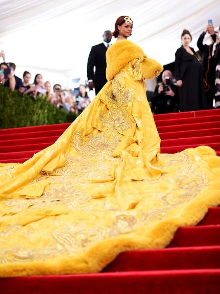 Rihanna+Guo Pei