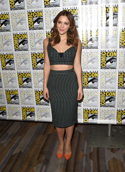 Katharine+McPhee+Comic+Con+International+2015+gdKemLbkeizl