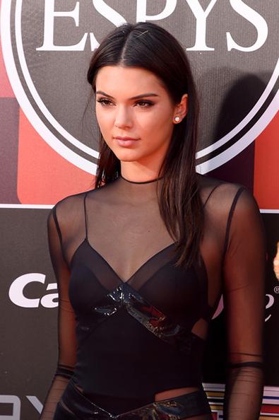 Kendall+Jenner+2015+ESPYS+Arrivals+j-pLgI_kZZol