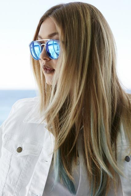 Gigi Cabelo azul 1